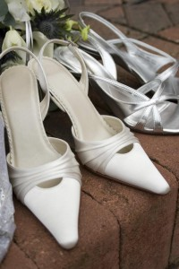 bílé boty na svatbu